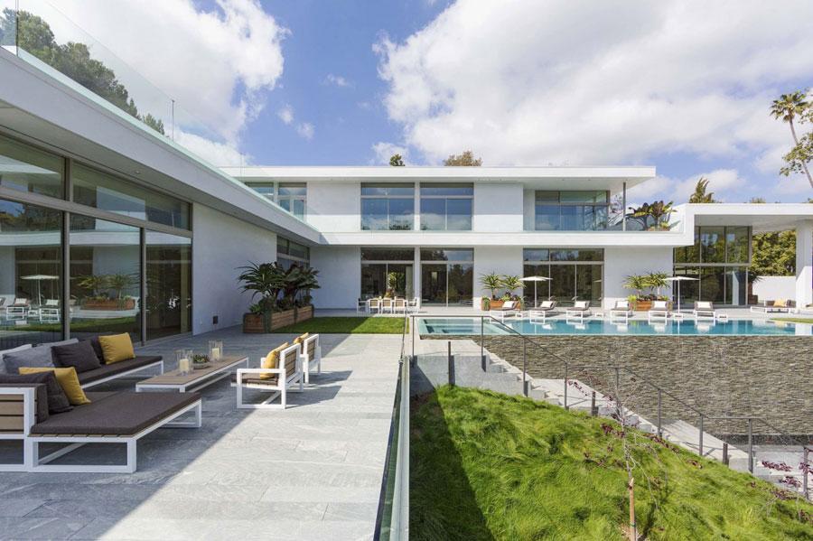 2 Spektakulär fastighet i Los Angeles designad av Quinn Architects