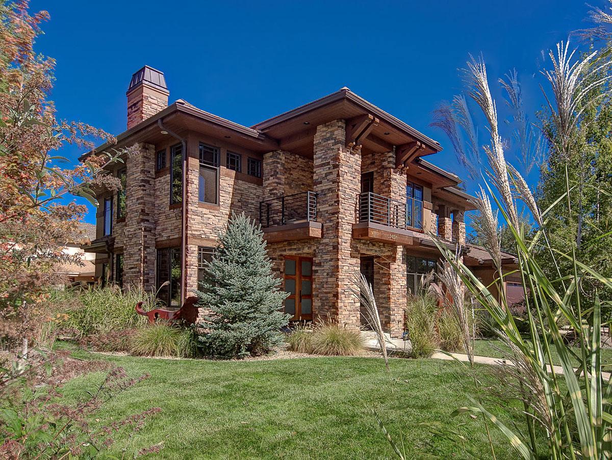Elegant och modernt hus med rustik exteriör 2 Elegant och modernt hus med rustik exteriör