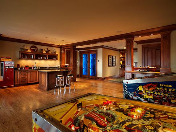 v17 Maclure-stil Ocean-Front Home Windward Oaks av Michael Knight