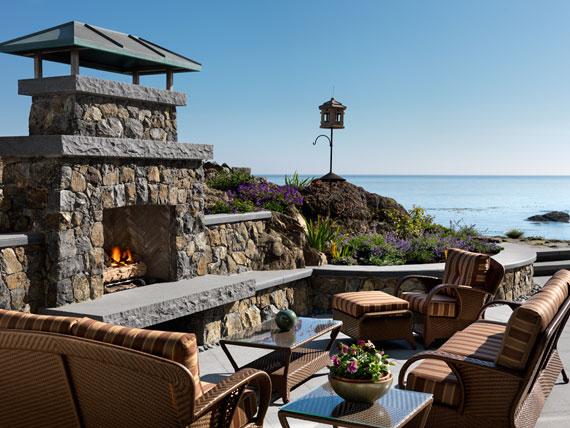 v8 Maclure-stil Ocean-Front Home Windward Oaks av Michael Knight