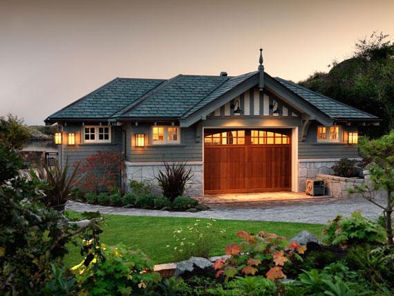 v5 Maclure-stil Ocean-Front Home Windward Oaks av Michael Knight