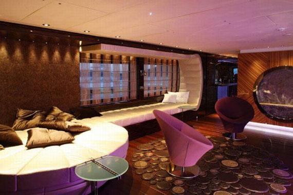 y7 Exempel på glamorösa yachtinredning som kommer att förvåna dig