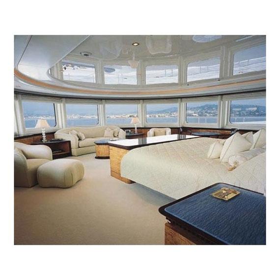 y19 Exempel på glamorösa yachtinredning som kommer att förvåna dig