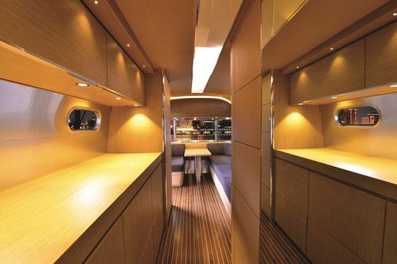 y23 Exempel på glamorösa yachtinredning som kommer att förvåna dig
