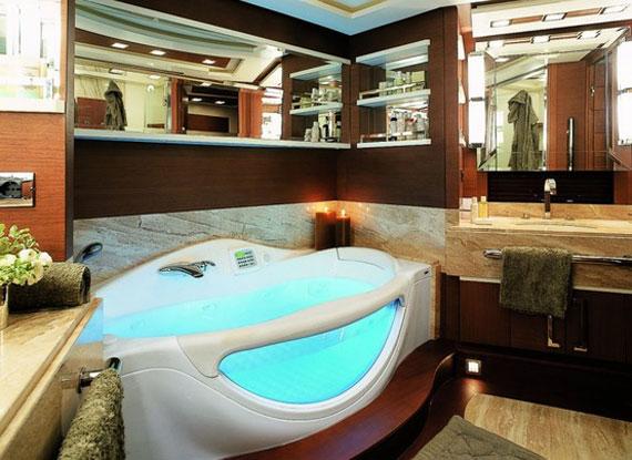 y25 Exempel på glamorös yachtinredning som kommer att förvåna dig