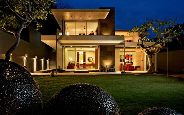 77370583865 Den vackert designade villan som är Luna2 Private Hotel