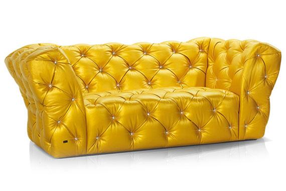 s34 En utställning med moderna soffa-exempel
