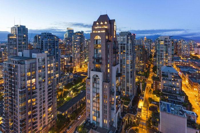 70488624338 Den fantastiska Elysium-takvåningen i Vancouver, Kanada