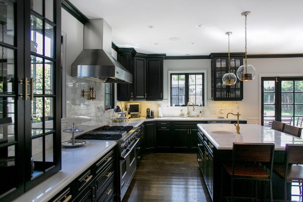 Kök med svarta skåp-kan-fortfarande-vara-ljus1 Kök med svarta skåp - bilder och idéer