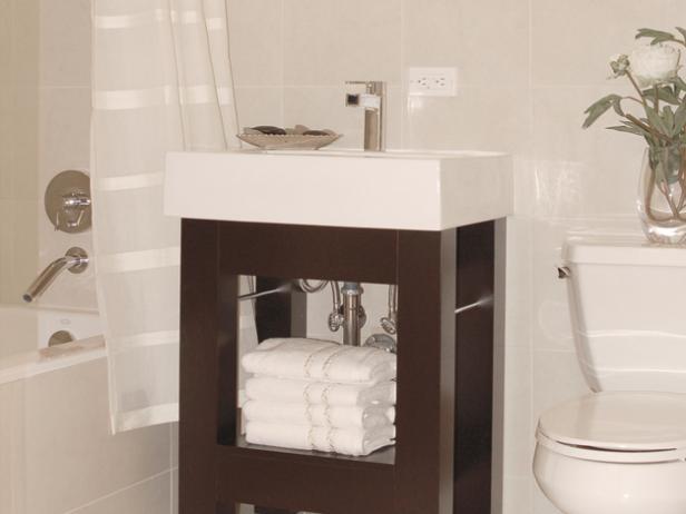 Små badrumsfängelser |  HGTV
