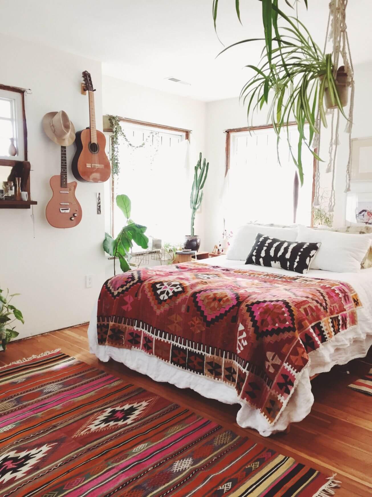 Tribal bohemiska sovrum