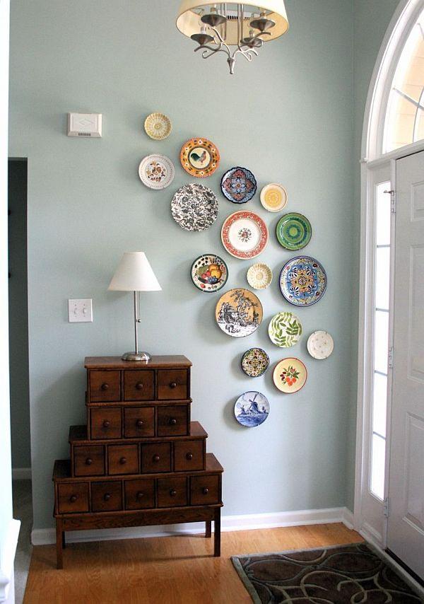 Dekorativa plattor att hänga på väggen
