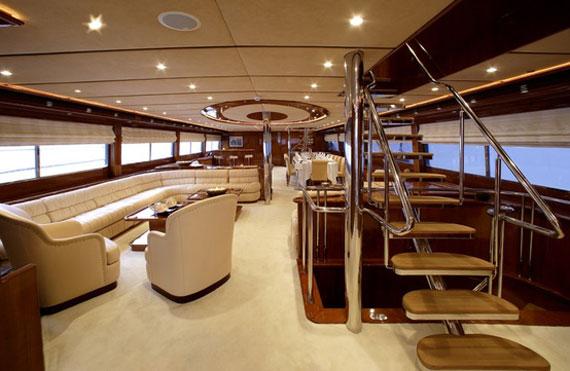 y2 Exempel på glamorösa yachtinredning som kommer att förvåna dig