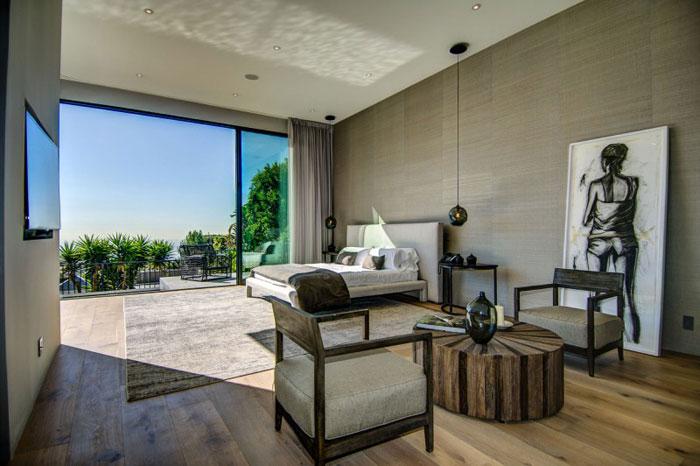 79966294768 Fantastiskt Los Angeles-hem med fantastisk utsikt från La Kaza och Meridith Baer Home