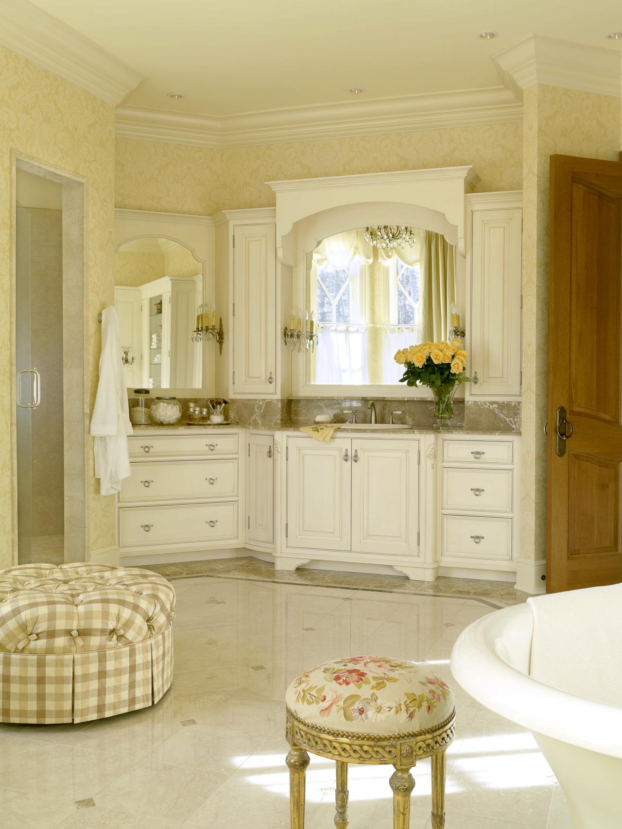 Trevligt franskt lantligt badrum