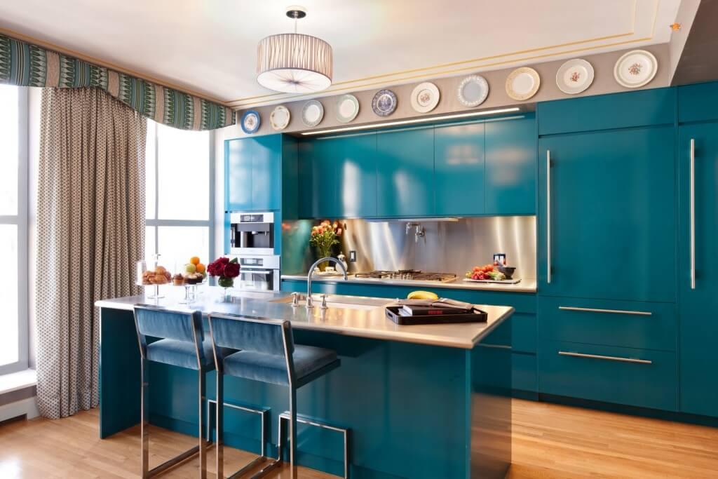 Iriserande köksskåp färg