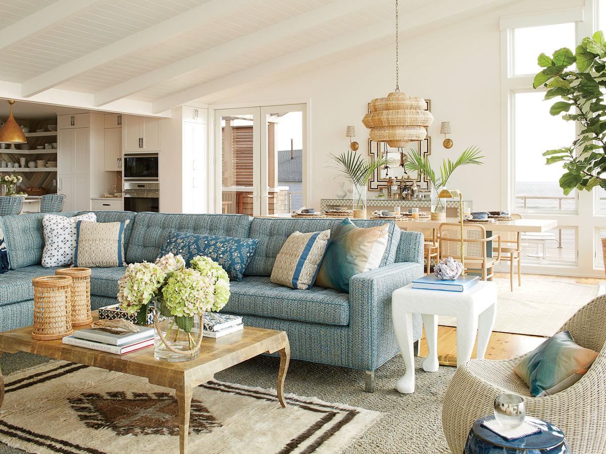 Bluish Coastal Living Room.  Källa: Coastalliving.com