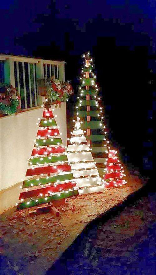 Julgran utomhus dekorationer