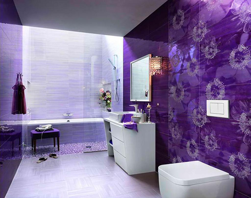 Charmigt lila badrum