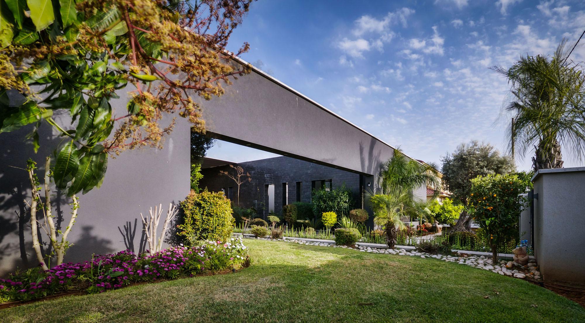 Lyxig-villa-med-en-samtida-design-från-Israel-1 Lyxig villa med modern design från Israel
