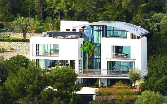 82284396854 Lyxig villa vid havet med fantastisk utsikt