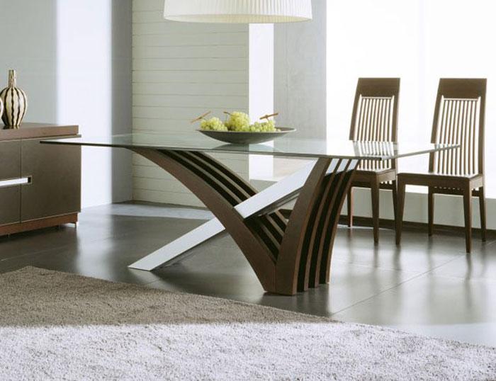 67958749933 Matbord i glas för att ge din interiör en modern touch