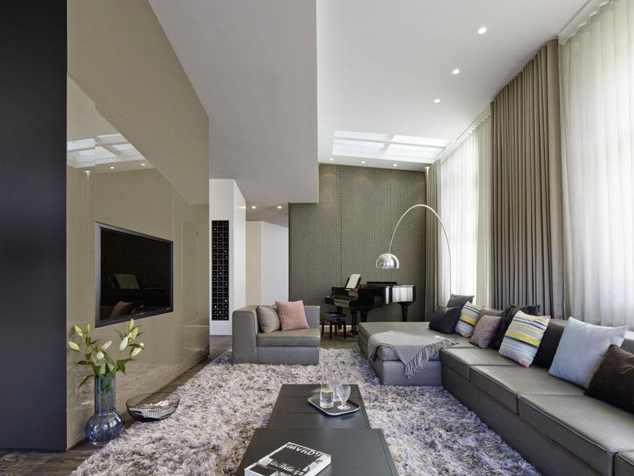 1 Modern och futuristisk inredning för loft