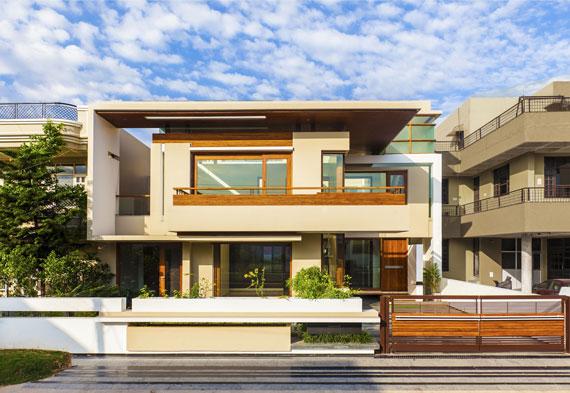 51572329179 Modernt och rymligt parhus på gården, designat av laddade tomrum