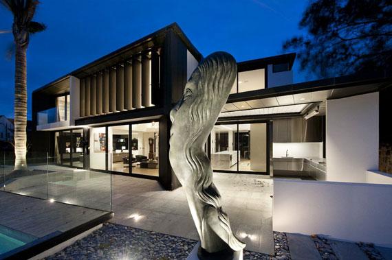 cls24 Modernt svartvitt drömhus: Lucerne House av Daniel Marshall Architects