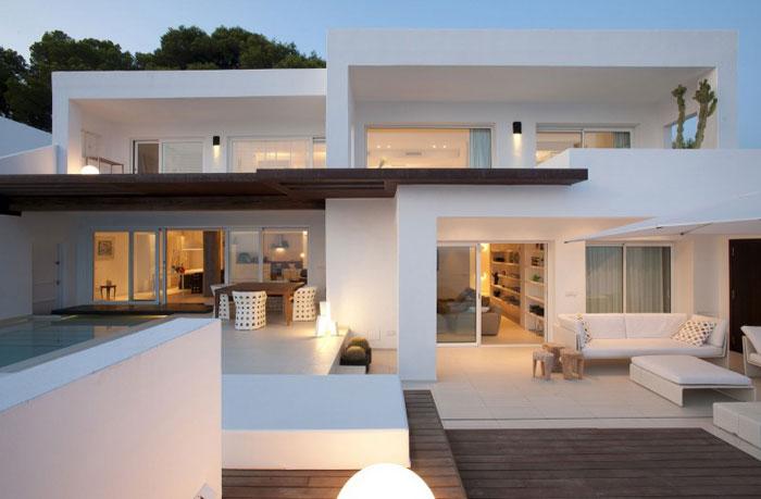 69685782002 Rent och enkelt Dupli Dos-hus designat av Juma Architects