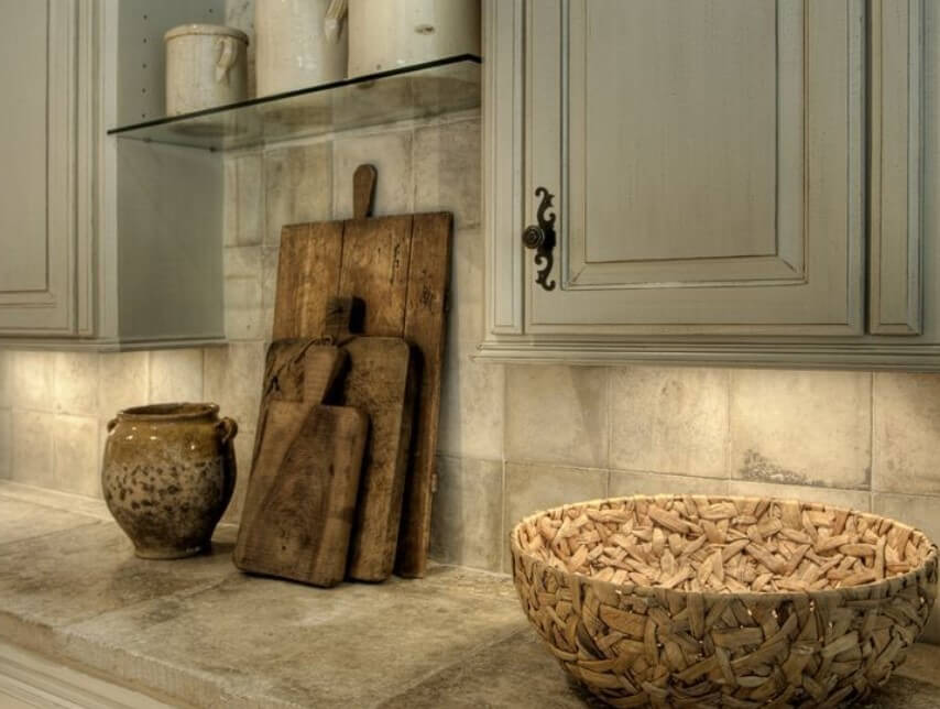 Inspirerat köksskåp från 1600-talet