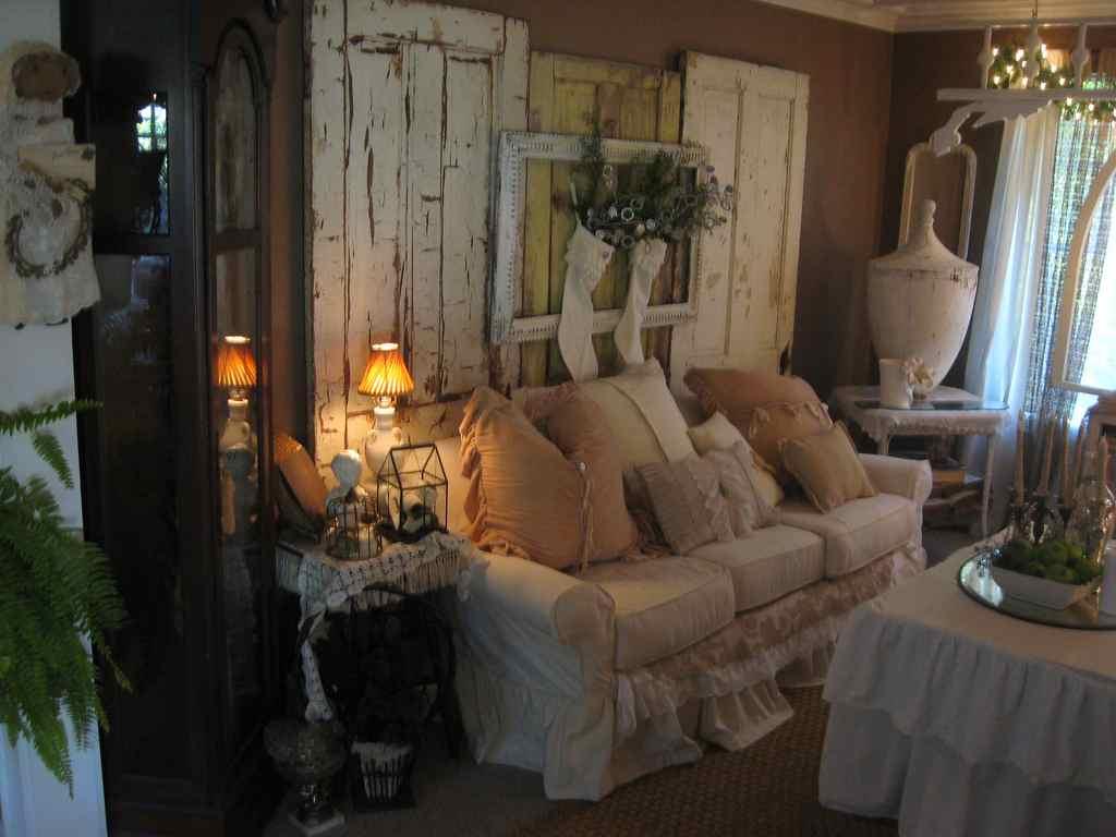 Cuteness i äldre möbler och dekorationer