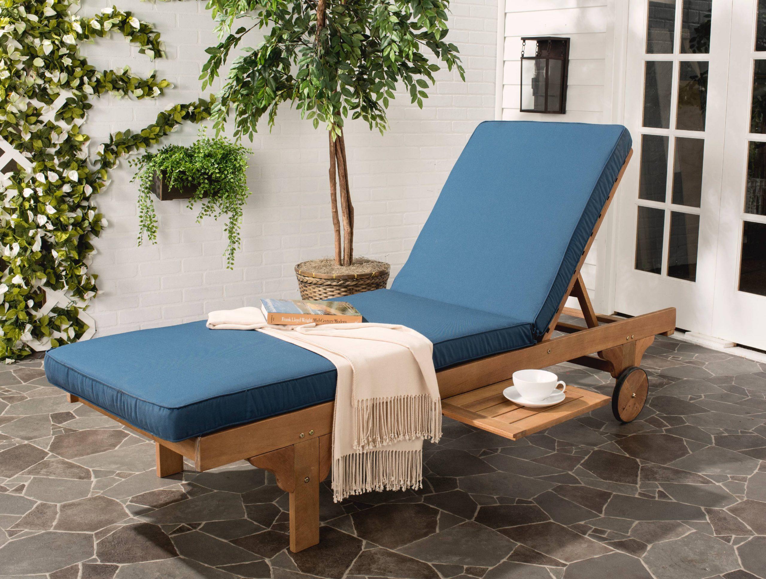 Uteservering och lounge stolar