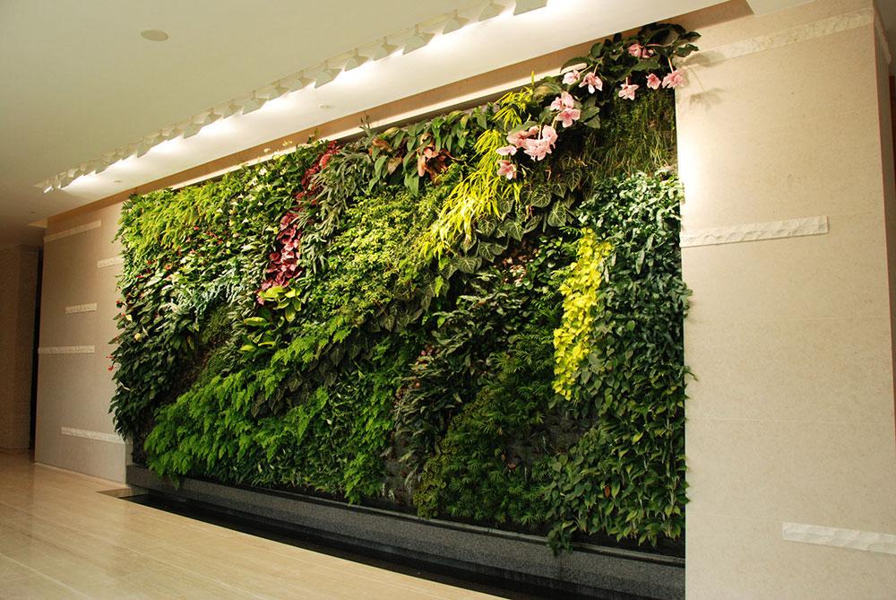 clubhouseverticalgardenlevalaishongkong Why Modern Living Vertical Wall Gardens är nästa stora trend inom inredningsdesign 2019
