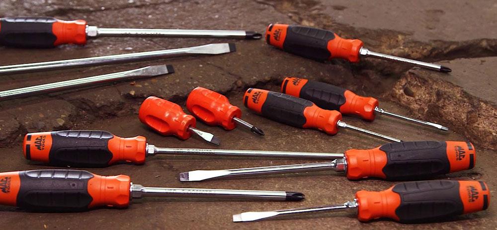 maxresdefault-2-verktyg som varje gör-det-själv behöver i sin verktygslåda
