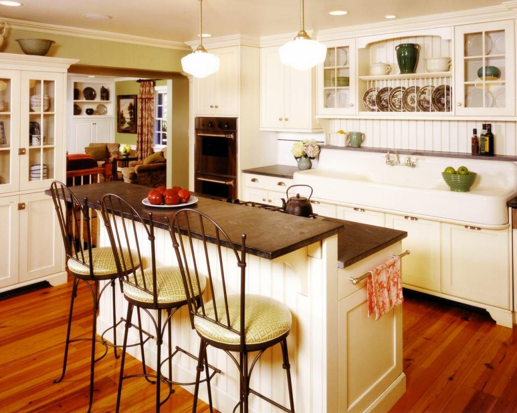 Idealiskt lantligt köksskåp
