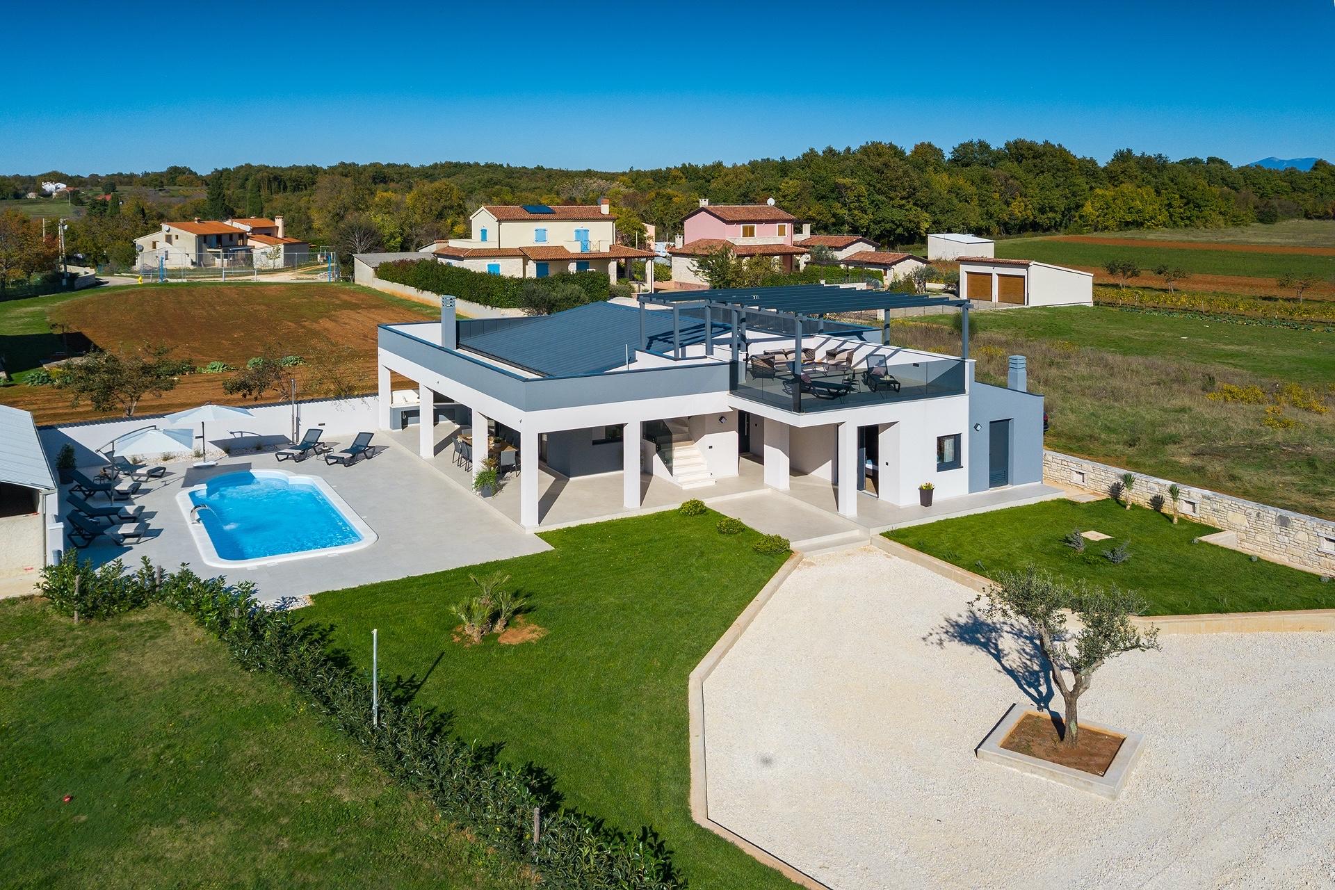 Bella Vita Villa, ett iögonfallande bostadshus