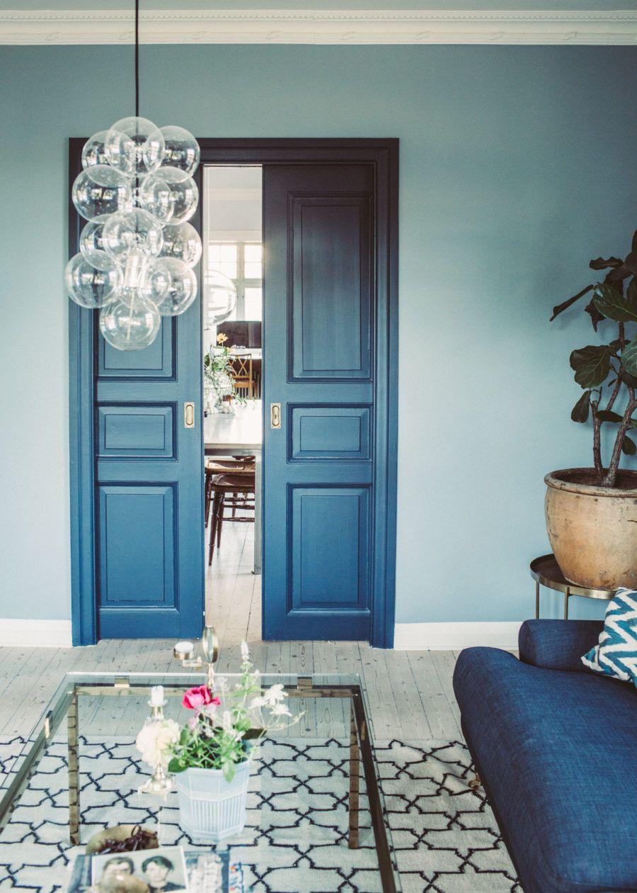 Blå och bruna vardagsrumsidéer