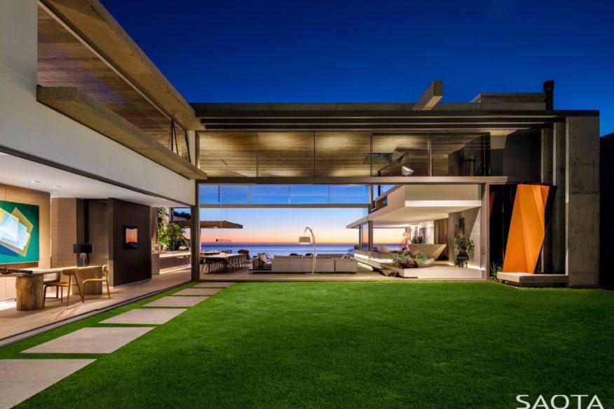 Fantastiskt hus i Sydafrika av SAOTA Architects och OKHA Interiors