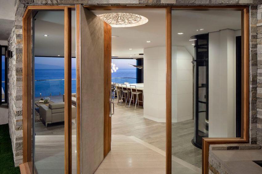 Fantastiskt Laguna Beach Home designat av Mark Abel och Myca Loar