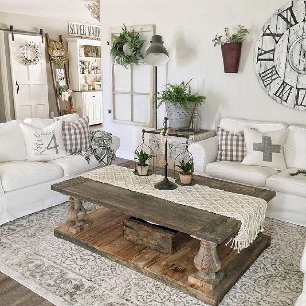 Farmhouse Living Room Idéer