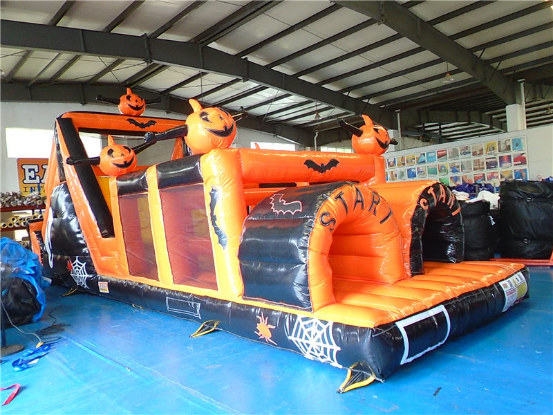 Halloween gummibåtar till salu