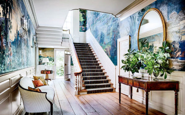 Hur man dekorerar höga väggar