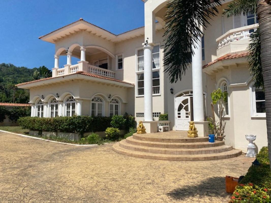 Lyxigt mexikanskt hem med en fantastisk utsikt