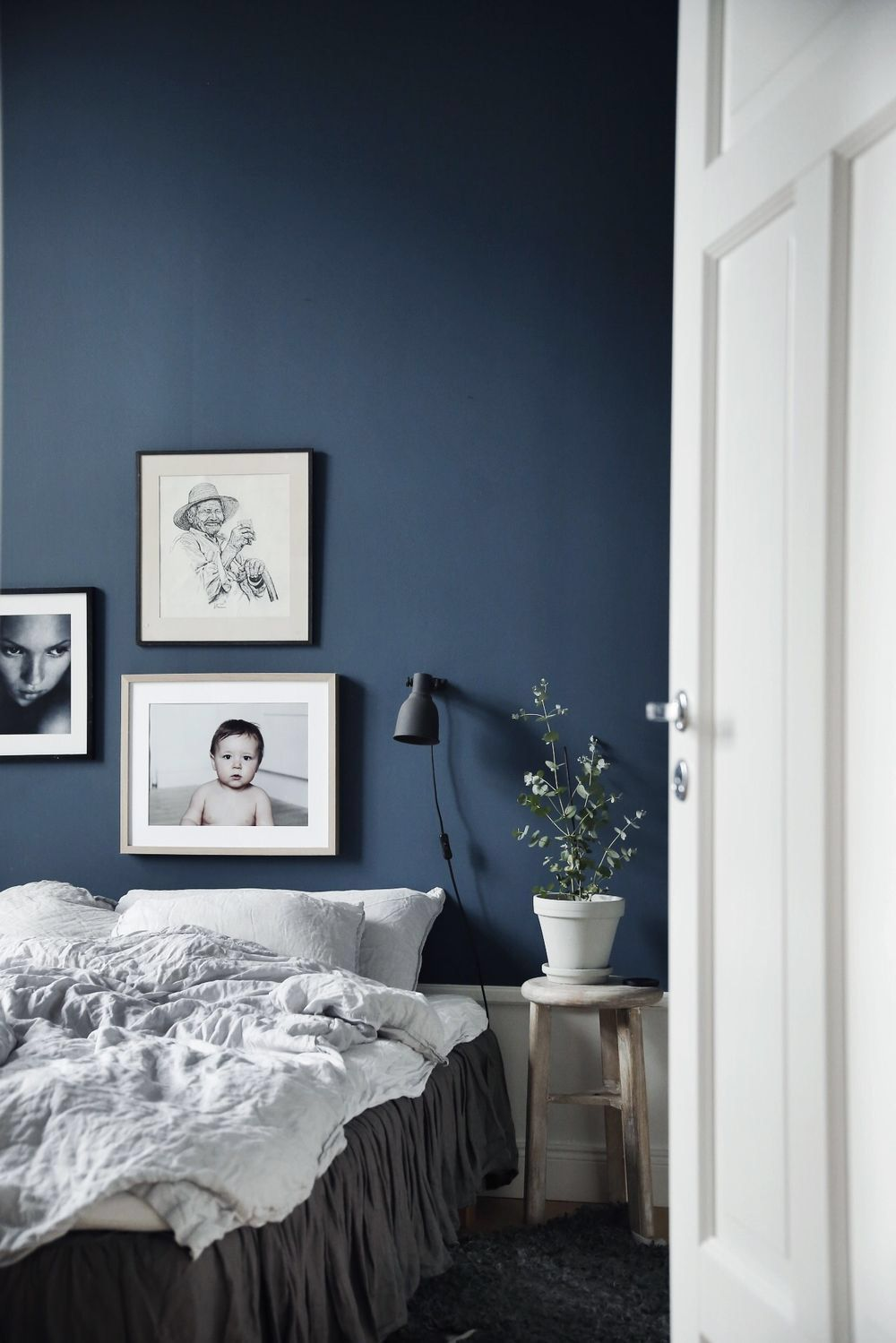 Marinblå sovrumsidéer