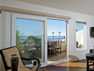 Modernt hem i Malibu med fantastisk havsutsikt