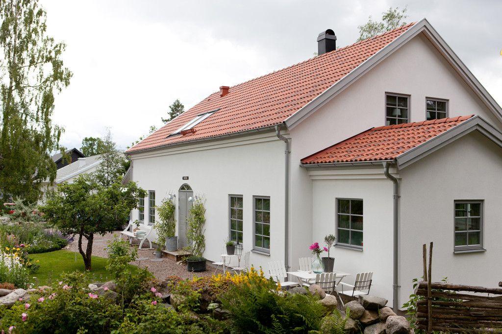 Modernt hus i modern lantlig stil