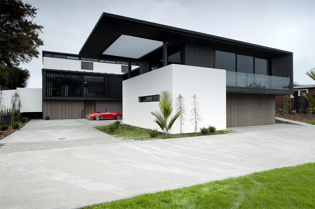 Modernt svartvitt drömhus: Lucerne House av Daniel Marshall Architects