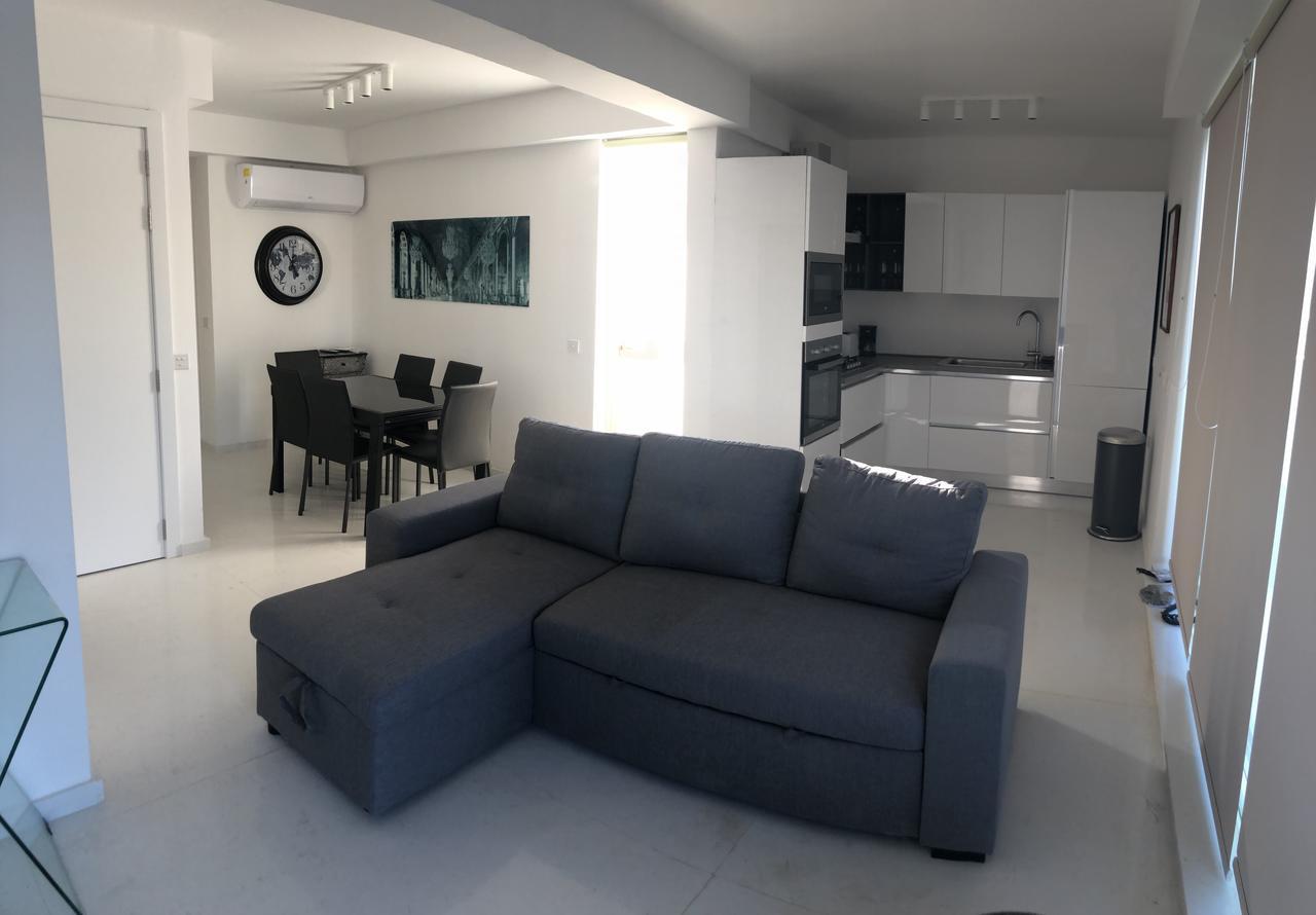 Olika möbler för din exklusiva lägenhet på Malta