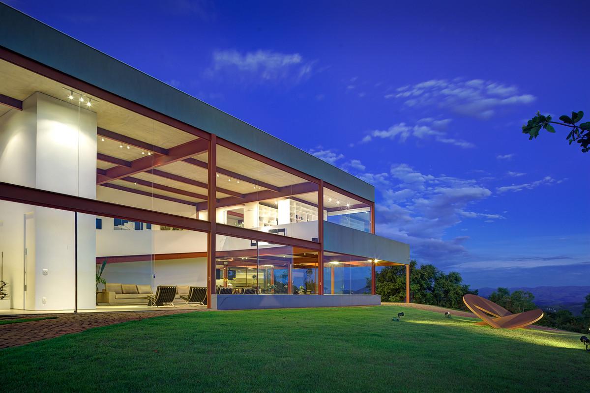 Underbar Nova Lima designad av Denise Macedo Arquitetos Associados